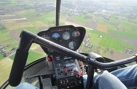 luchtdoop met een helikopter
